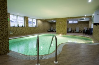 Wellness zone Hotel Park Exclusive Otočac - pool
